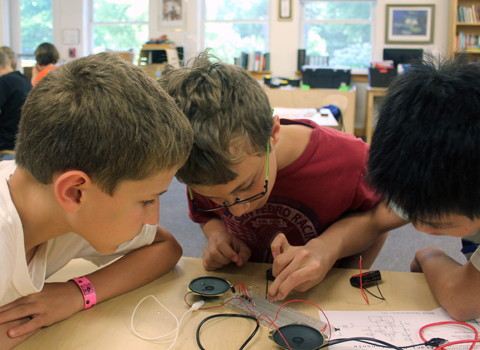 Science and Engineering In-School Field Trips